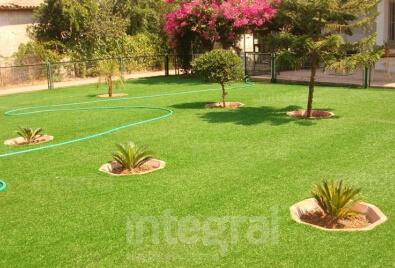 Application de jardin de gazon artificiel de Peragrass